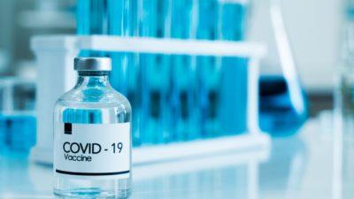 Maak een universeel publiek goed van het coronavaccin